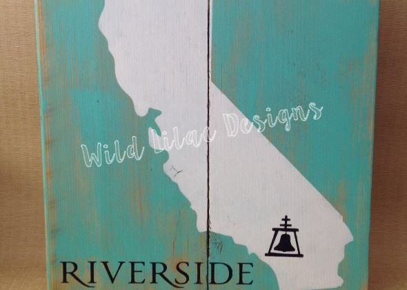 Cali-riverside sign